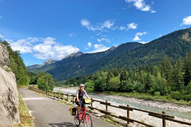 Des montagnes à la mer à vélo sur l'Alpe Adria