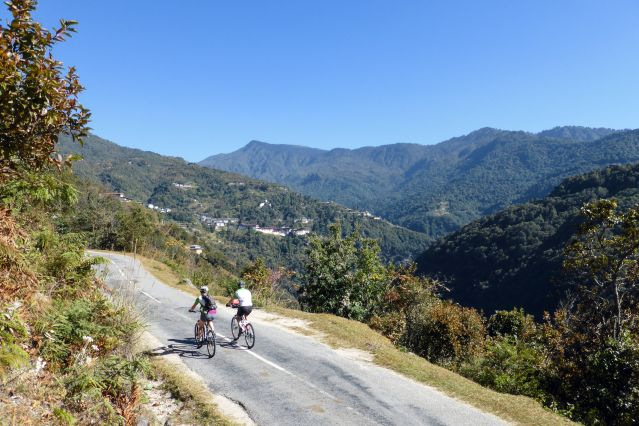 Voyage Le Bhoutan à vélo, sur la route du dragon