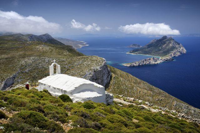Santorin, Amorgos et Naxos : Entre mer et montagne