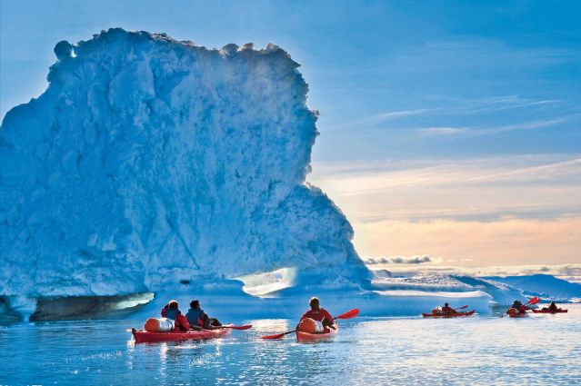 Voyage Kayak et randonnée entre icebergs et glaciers