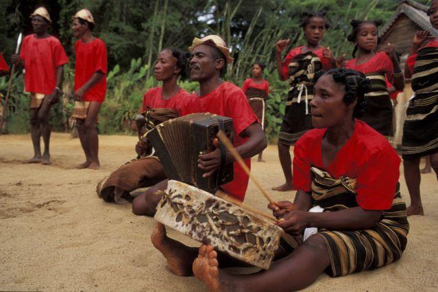 Voyage Le sud malgache tout en musique