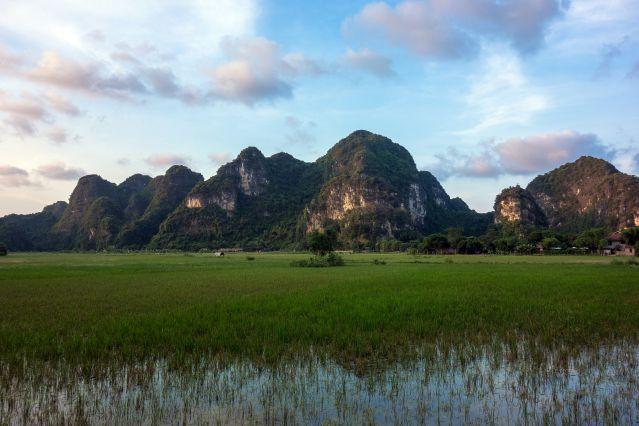 De la baie d'Halong aux temples d'Angkor !
