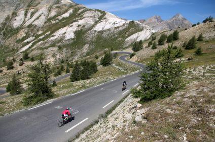 La traversée des Alpes françaises en vélo de route