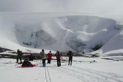 Raid à ski sous les aurores boréales