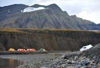 Camp de base aux portes du pôle Nord